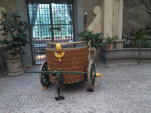 Matrimoni Romani Antichi : Carrozze antiche per cerimonie